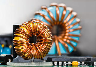 What is an inductor (coil)? Explaining Its Principle and Role
